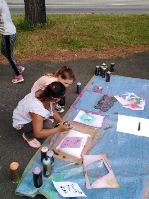 Atelier Graff au club pour la préparation de l'inauguration du City Stade le 3 juillet