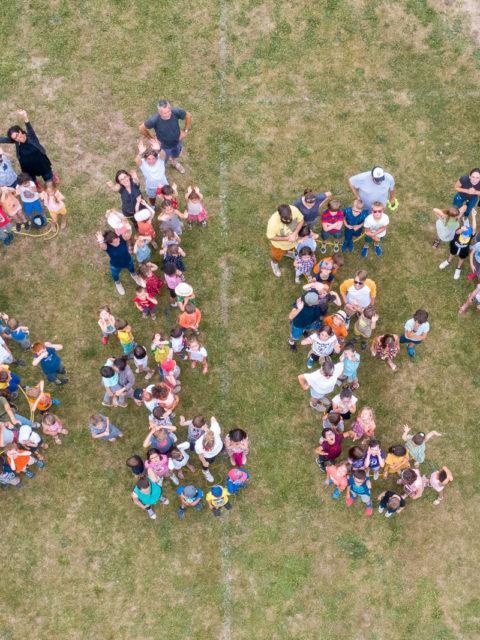 Mardi c'était la fête du périscolaire et il y avait un drône !
